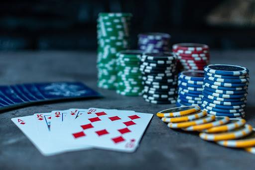 bermain-pokeronline