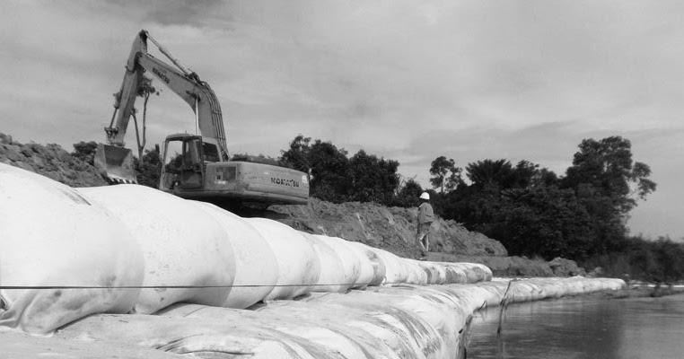 Geotextile Geobag untuk Penahan Erosi dan Abrasi