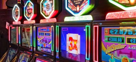 Sejarah Mesin Slot, Mulai Dari Generasi Awal Hingga Versi Modern