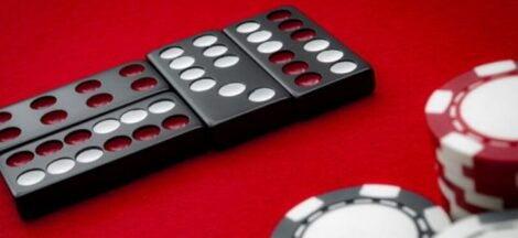 Trusted Online Domino Game